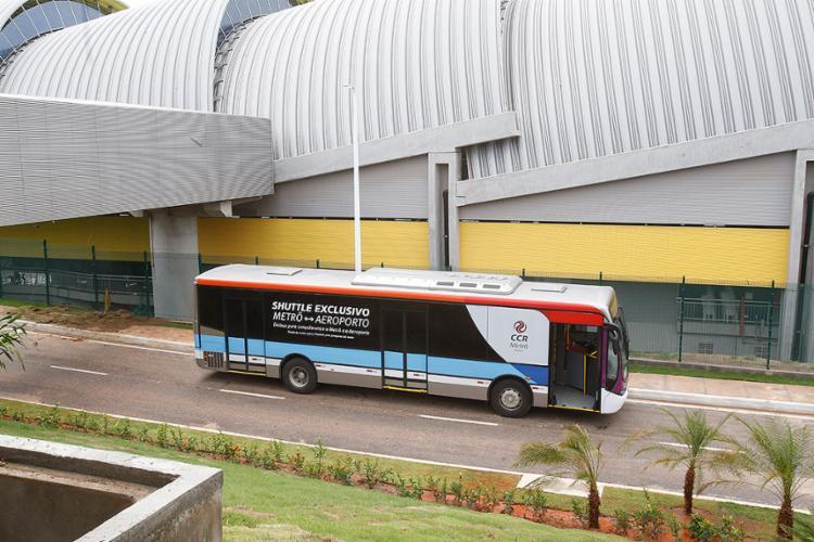 Ônibus irá transportar os passageiros entre os terminais - Foto: Margarida Neide l Ag. A TARDE
