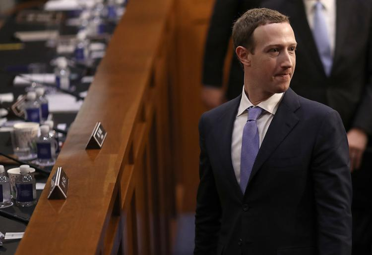 CEO do Facebook assumiu a culpa e pediu desculpas pelo uso inadequado de informações de usuários - Foto: Win McNamee | AFP