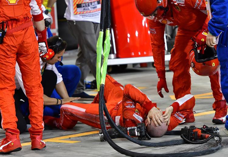 Por causa do acidente grave ocorrido no último domingo, a Ferrari foi multada em 50 mil euros - Foto: Giuseppe Cacace l AFP