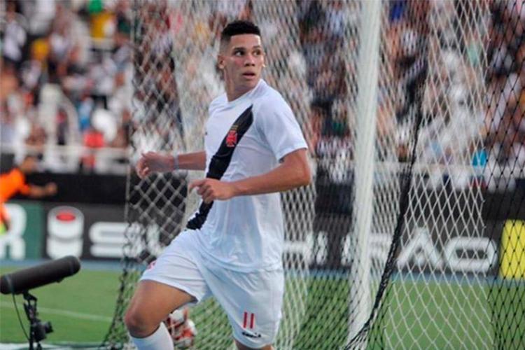Paulinho é uma das principais revelações do Vasco na atual temporada - Foto: Reprodução | Twitter