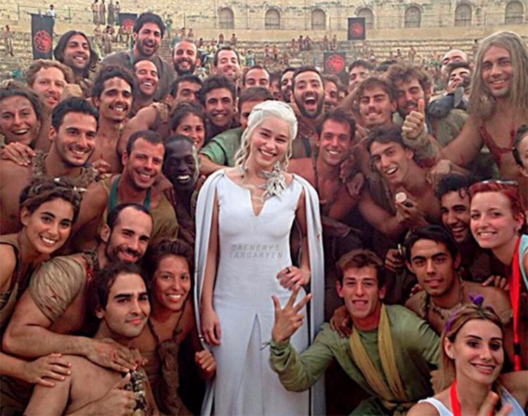 Ainda sem data confirmada de estreia, a temporada final de Game of Thrones deve estrear apenas em 2019 na HBO. - Foto: R