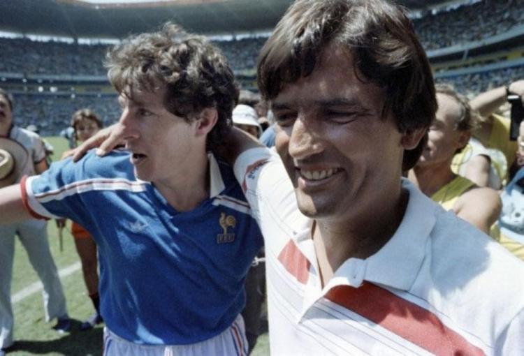 Henri Michel foi técnico da equipe que eliminou o Brasil da Copa de 1986 - Foto: Reprodução