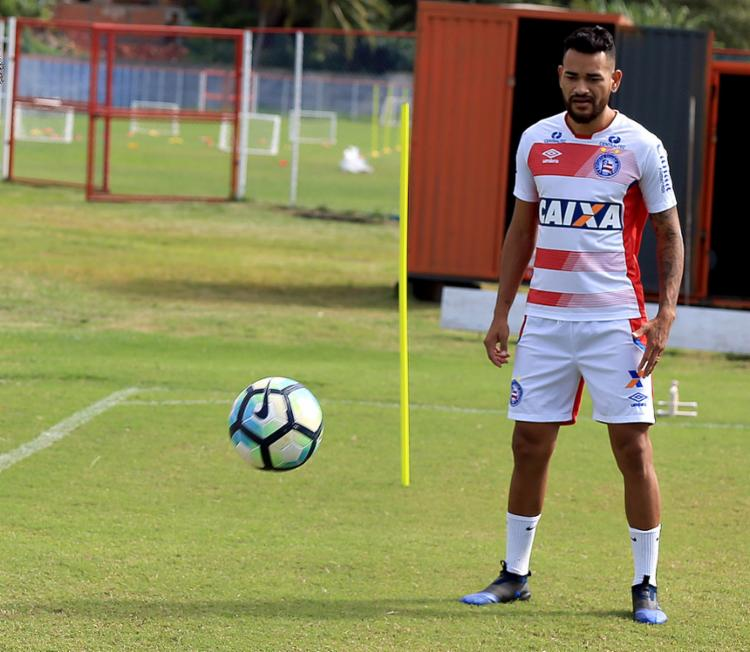 Zagueiro jogou apenas sete partidas oficiais em 2017 - Foto: Felipe Oliveira l EC Bahia