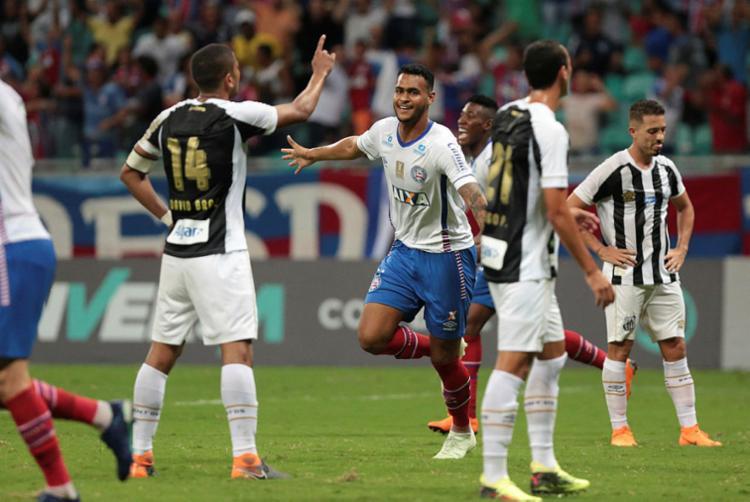Brumado foi o responsável por marcar pelo Bahia na vitória contra o Santos - Foto: Raul Spinassé | Ag. A TARDE