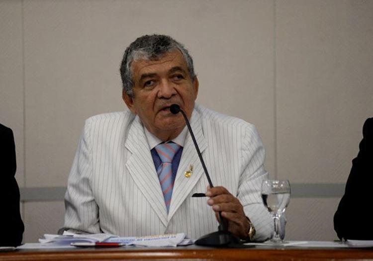 Vice-presidente da Fieb, Josair Bastos, liderou comitiva a Brasília pelo fim do veto - Foto: Ângelo Pontes l Coperphoto-Fieb l 21.5.2015