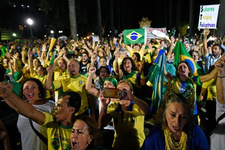 Manifestantes se reuniram na avenida Paulista para protestar contra o ex-presidente - Foto: Douglas Magno | AFP