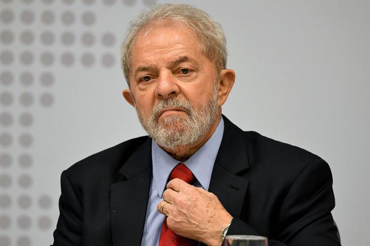 Juiz da Lava Jato recomenda a Lula que se entregue à Polícia Federal até 17h desta sexta-feira, 6 - Foto: Evaristo Sa l AFP l Arquivo