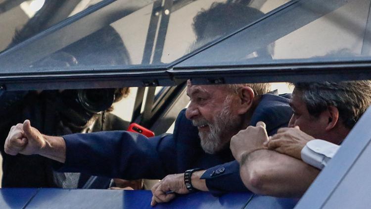 O ex-presidente tinha até as 17h desta sexta-feira, 6, para se entregar à PF - Foto: MIguel Schincariol l AFP