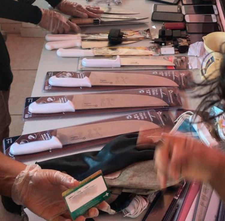 Material ilegal era trazido em mochilas ou por baixo das vestimentas - Foto: Divulgação
