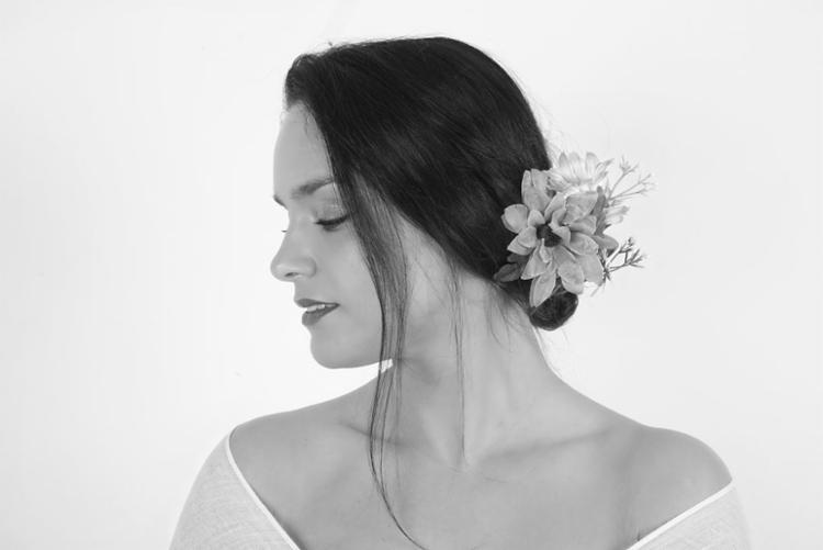 Cantora portuguesa fica no Brasil até 23 de abril - Foto: Divulgação
