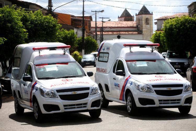Duas ambulâncias foram entregues, sendo uma para São Sebastião do Passé e outra para Pojuca - Foto: Mateus Pereira/GOVBA