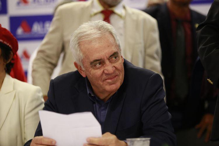 Otto acredita que seria melhor acabar com as coligações - Foto: Luciano Carcará l Ag. A TARDE