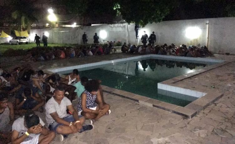 Os participantes da festa foram encaminhados para delegacia - Foto: Divulgação   SSP