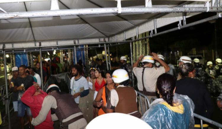 Foliões eram revistados ao passar nos Portais de Segurança - Foto: Divulgação | SSP