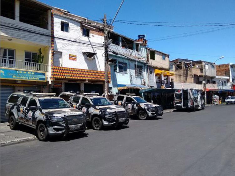O policiamento foi reforçado na região do complexo - Foto: Euzeni Daltro l Ag. A TARDE