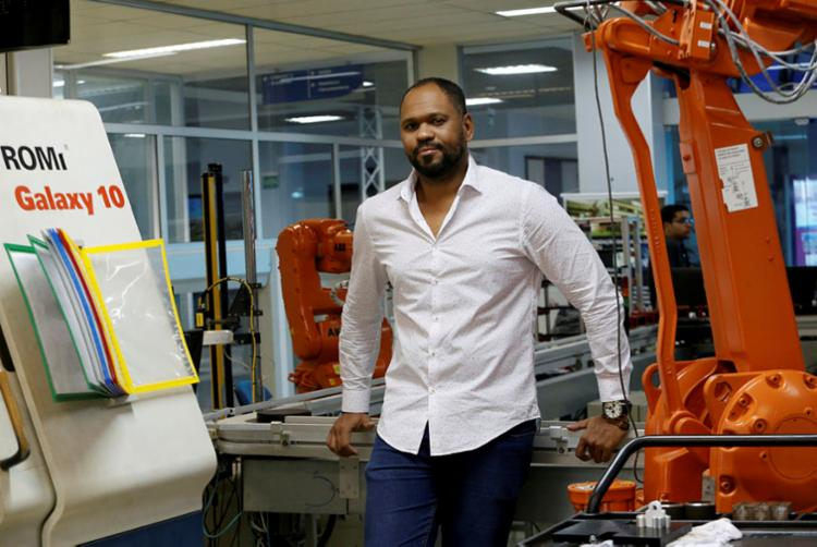 O professor do Senai Carlos Alberto afirma que a tecnologia 3D é um caminho sem retorno