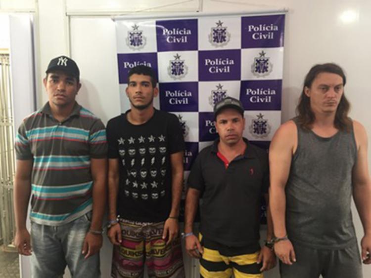 Quarteto foi autuado por porte de moeda falsa e formação de quadrilha - Foto: Reprodução/Polícia Civil