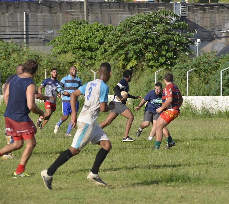 O rúgbi foi criado em 1823, no Reino Unido, na Rugby School