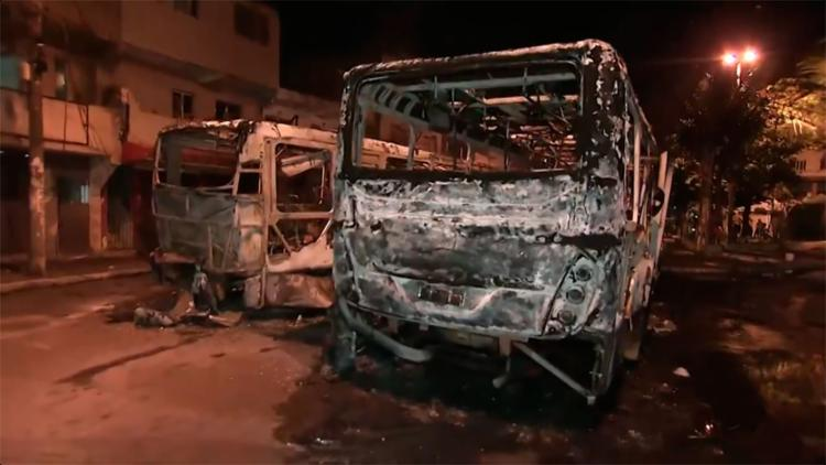 Ataques teriam sido motivado pela morte de um homem na última sexta-feira - Foto: Reprodução   TV Bahia