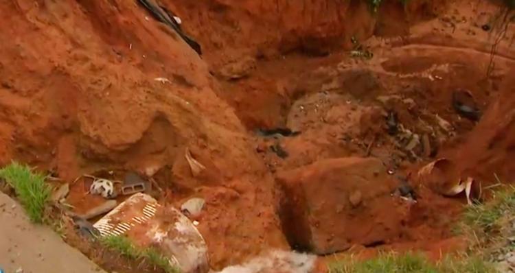 A rede foi rompida nas imediações do Racho do Uga Uga - Foto: Reprodução   TV Bahia