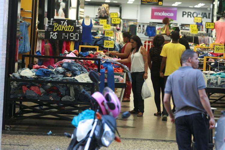 Área de serviços foi a que registrou maior número de postos de trabalho criados - Foto: Joá Souza | Ag. A TARDE