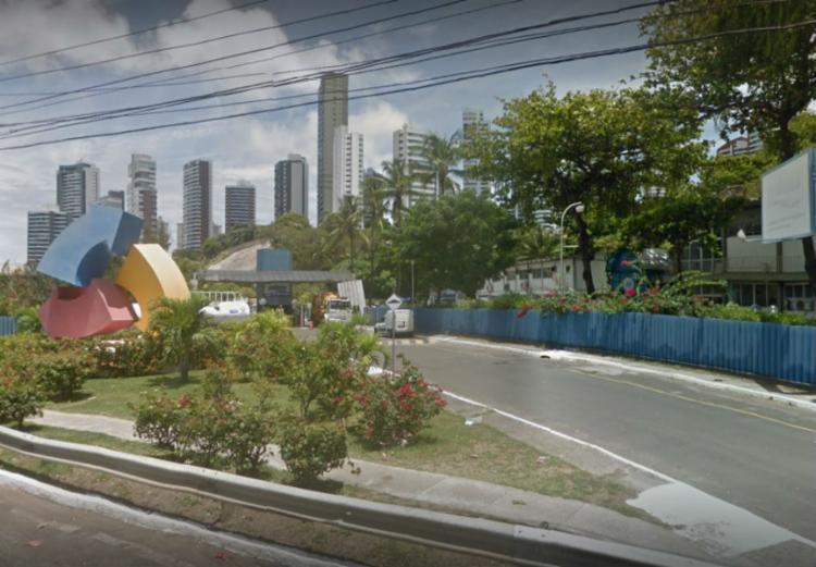 Unidade fica localizada na avenida Juracy Magalhães, no vale do Lucaia - Foto: Reprodução | Google Maps