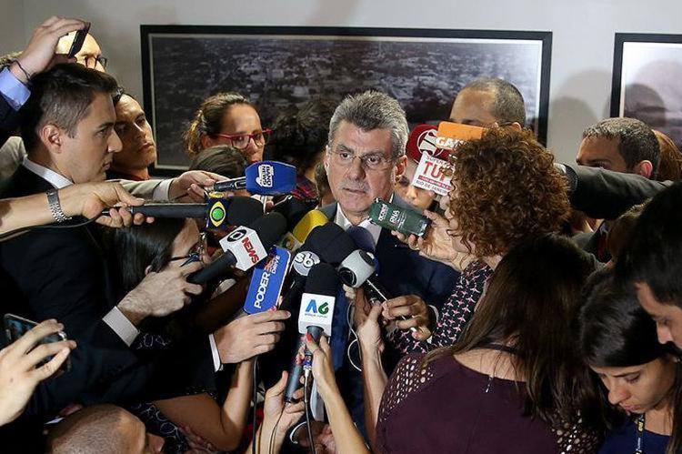 Senador de Roraima qualificou a denúncia como 'factoide que não leva a nada'; Maia decide se recebe ou não o pedido - Foto: Wilson Dias l Agência Brasil