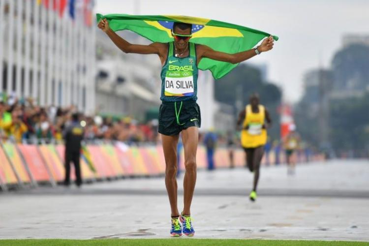 Solonei da Silva se tornou o primeiro bicampeão do País na competição - Foto: Divulgação