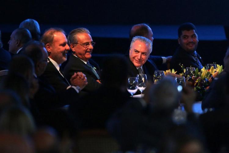 Temer participou da cerimônia de posse da nova diretoria da Fieb, em Salvador - Foto: Raul Spinassé   Ag. A TARDE