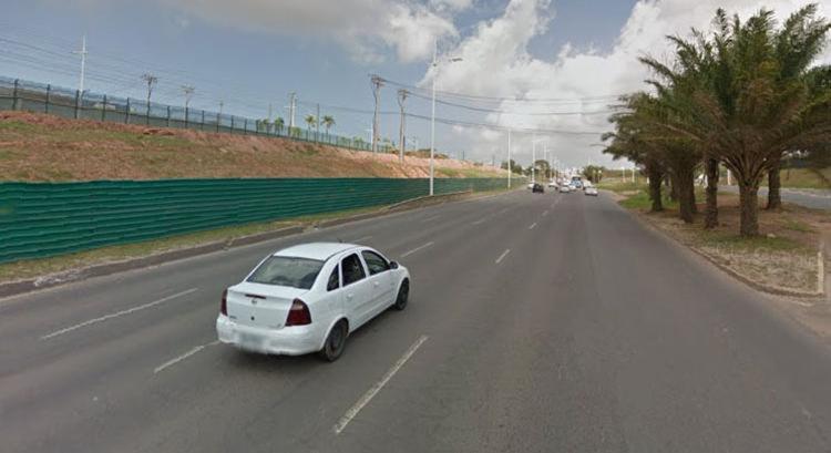 Acidente aconteceu por volta das 8h, nas proximidades do Wet'n Wild - Foto: Reprodução | Google Street View