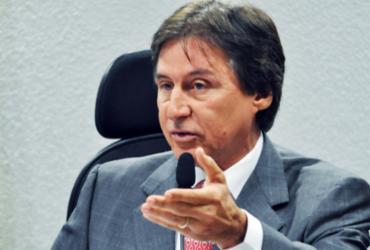 'Não vou sair do partido e ninguém me tira', afirma Eunício   Agência Brasil