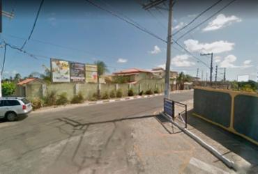 Colisão entre moto e caçamba deixa uma vitima em Lauro de Freitas | Reprodução | Google Maps