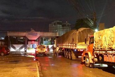 Caminhão escoltadopela polícia garante abastecimento de água | Divulgação| SSP-BA
