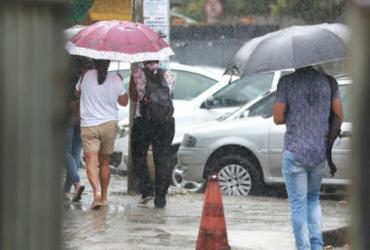Chuva provoca desabamento e alagamento de imóveis em Salvador | Joá Souza | Ag. A TARDE