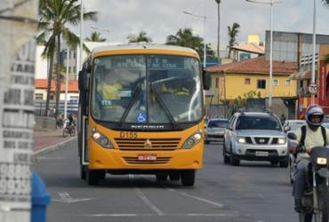 Semob acusa sindicato de impedir saída de micro-ônibus das garagens   Shirley Stolze   Ag. A Tarde   20/05/2018