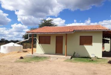 Famílias quilombolas de Bom Jesus da Lapa recebem unidades habitações