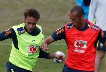 Seleção faz treino com torcida e tumulto na entrada da Granja Comary   Fernando Frazão l Agência Brasil