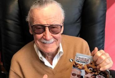 Stan Lee posta vídeo no Twitter pela primeira vez: 'Excelsior!' |