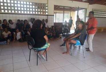 Estudantes de Wenceslau Guimarães participam de oficina de arte teatral