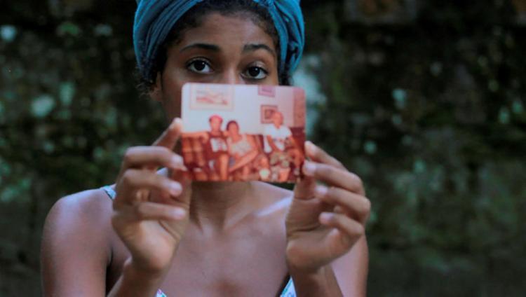 A Travessia, de Safira Moreira (RJ), explora a memória familiar - Foto: Divulgação
