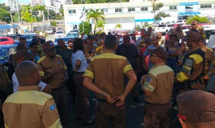 Trabalhadores definiram procedimento em assembleia nesta quarta - Foto: Divulgação | Transalvador