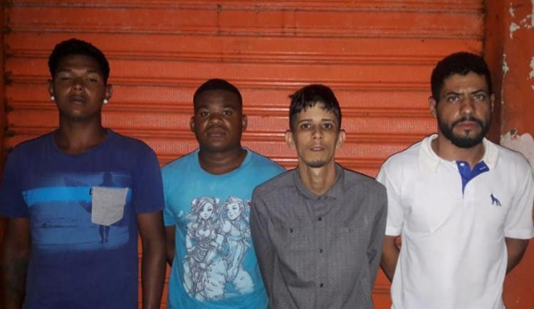 Pedestres disseram que foram assaltados pelo grupo - Foto: Divulgação SSP-BA