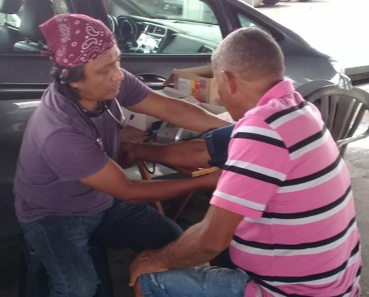 Aferição de pressão arterial foi um dos serviços realizados