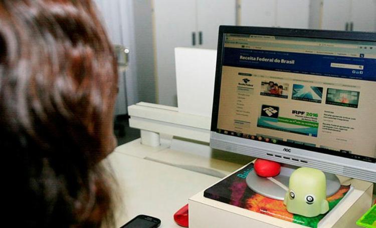 Dúvidas podem ser enviadas por meio da internet - Foto: Edilson Lima | Ag. A Tarde