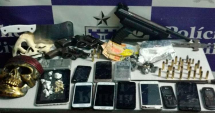 Armas, munições e cocaína foram apreendidas | Foto: Divulgação | SSP-BA