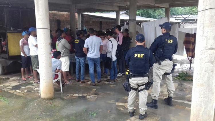 Lavradores receberão direitos trabalhistas e indenizações por danos morais - Foto: Divulgação | PRF