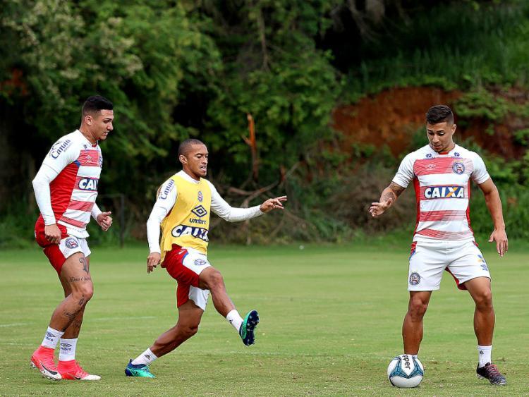 Setor liderado pelo lateral Nino precisa ser fortalecido pelo técnico Guto Ferreira - Foto: Felipe Oliveira l EC Bahia