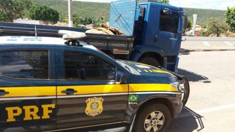 Primeiro veículo foi recuperado por volta das 11h desta terça-feira, 8 - Foto: Divulgação | PRF