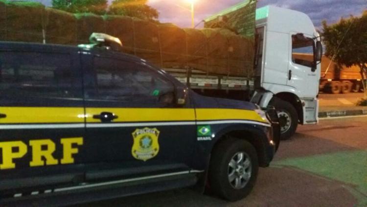 O segundo caminhão foi recuperado por volta das 17h desta terça