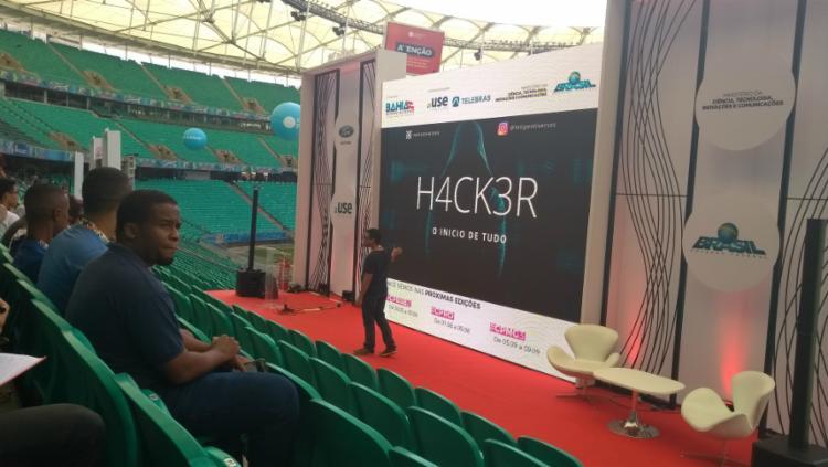 Felipe Oliveira fala sobre o cuidado sobre a inserção no mundo hacker - Foto: Keyla Pereira | Ag. A Tarde